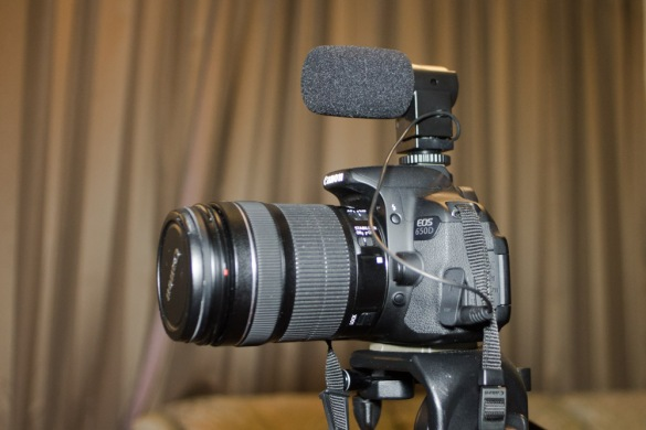 The mic in place on my Canon 650d